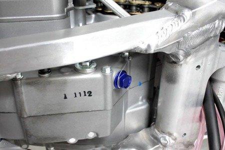 Korek spustowy oleju z magnesem ZETA Suzuki RMZ 250 DRZ 400 DL 650 Vstrom (1412)